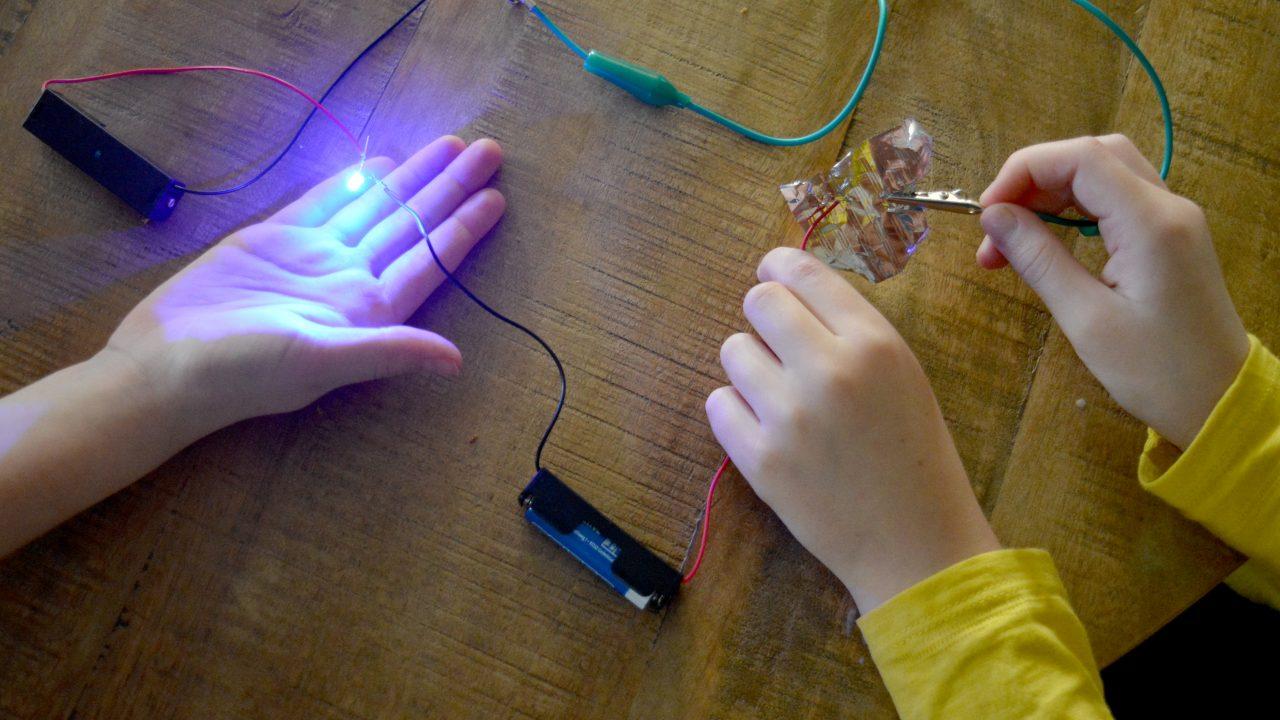 techlab stroom op school (3)